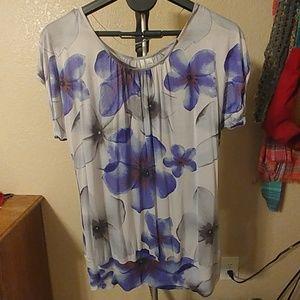 Floral short sleeve shirt NWOT